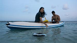 Navatics MITO Underwater Drone_Lifestyle_01_THN