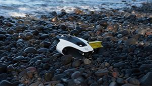 Navatics MITO Underwater Drone_Lifestyle_04_THN