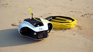 Navatics MITO Underwater Drone_Lifestyle_06_THN